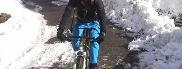 Mit dem Bike zum Start der Skitour