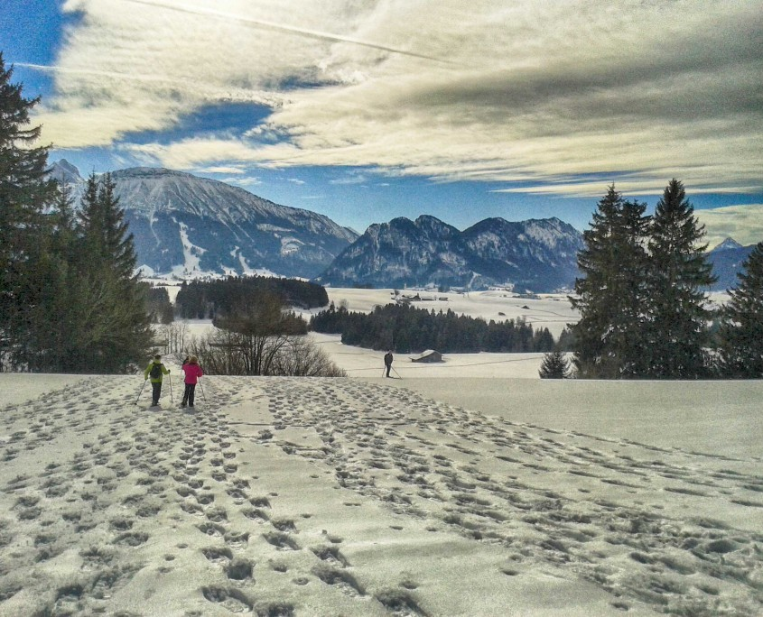 Bergpanorama bei Schneeschuhwanderung